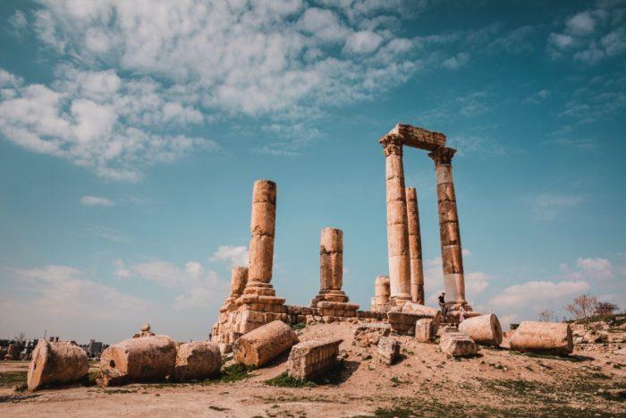 صور سفر عمان، أفضل المعالم السياحية في عمان، جبل القلعة